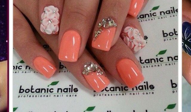 Love these girly nails