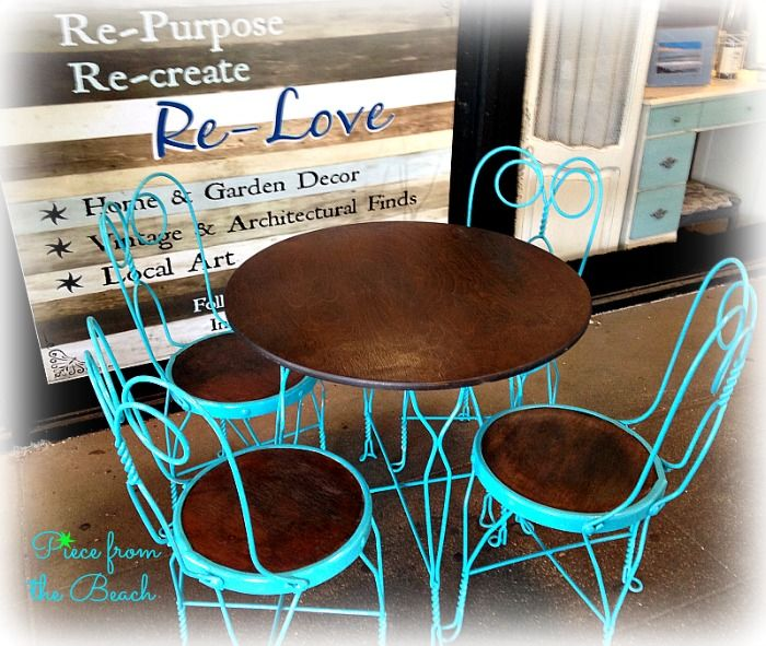 Kitchen Table And Chairs Makeover: Ice-Cream Parlor Table And Chairs Spray Painted And Gel