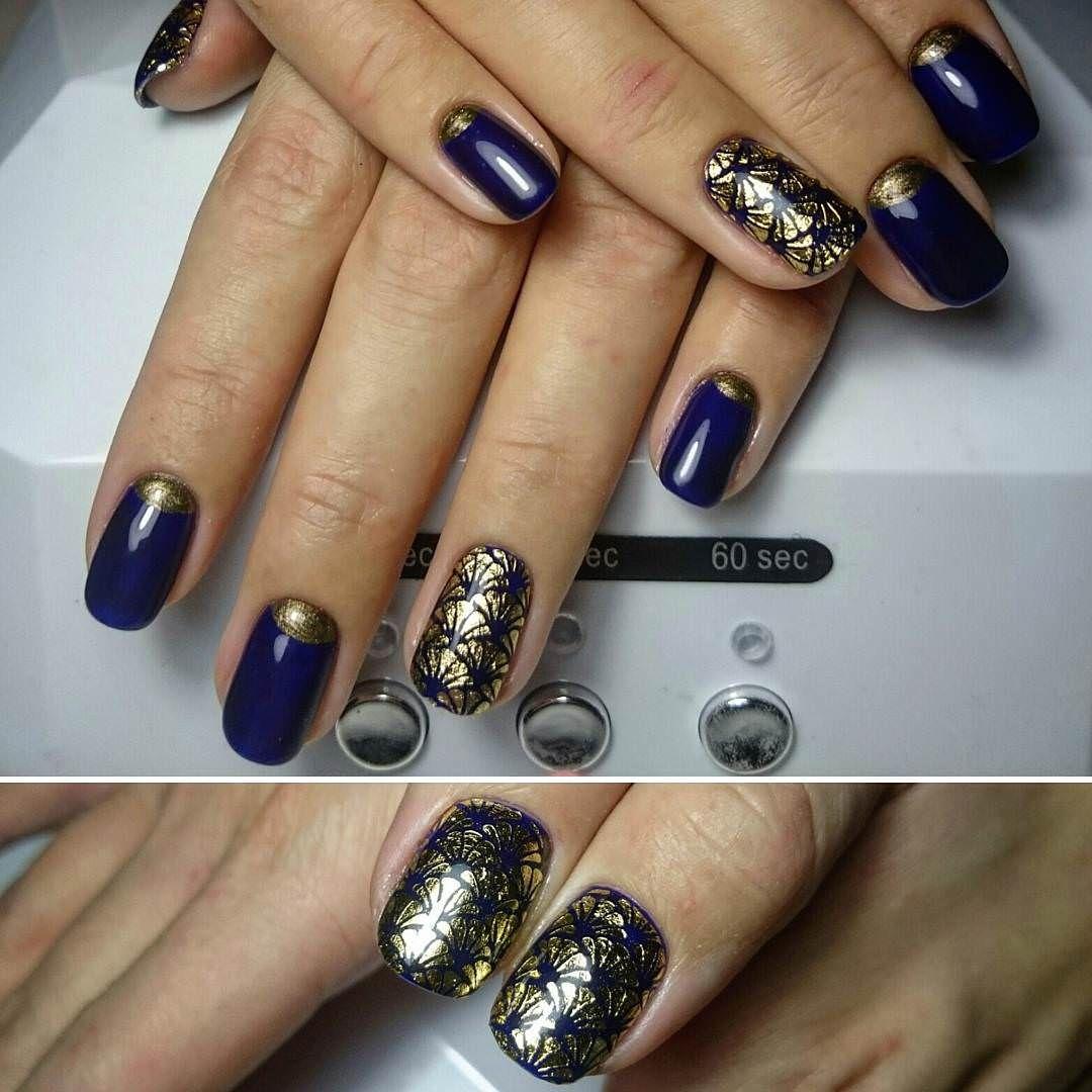 Gold & Dark Blue Nail Design | Make up and nails | Pinterest | Dark ...