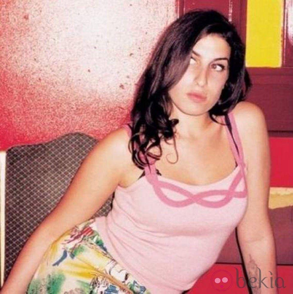 Amy Winehouse Leaked Photos pindenica barfonchovska on amy winehouse   young amy
