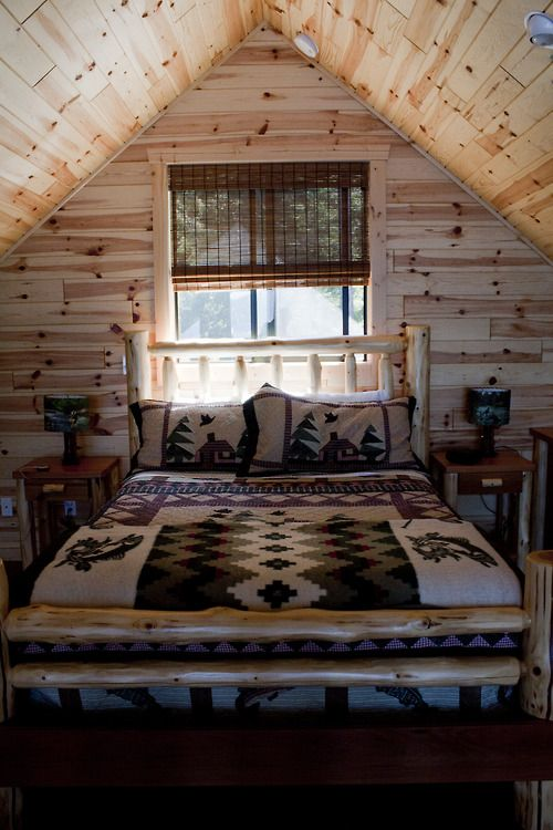 Log home bedroom Cabañas Pinterest Cabin, Hunting cabin and