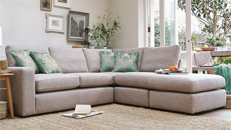 Attractive Darwin Sofa