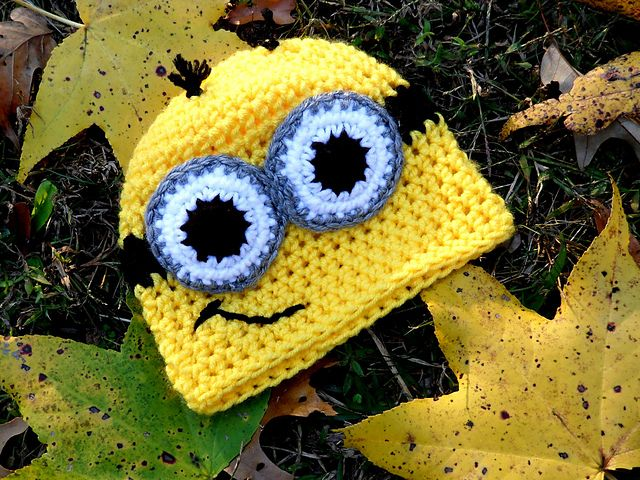 Little Troublemaking Minion pattern by April Hudson | Gorros, Hechos ...