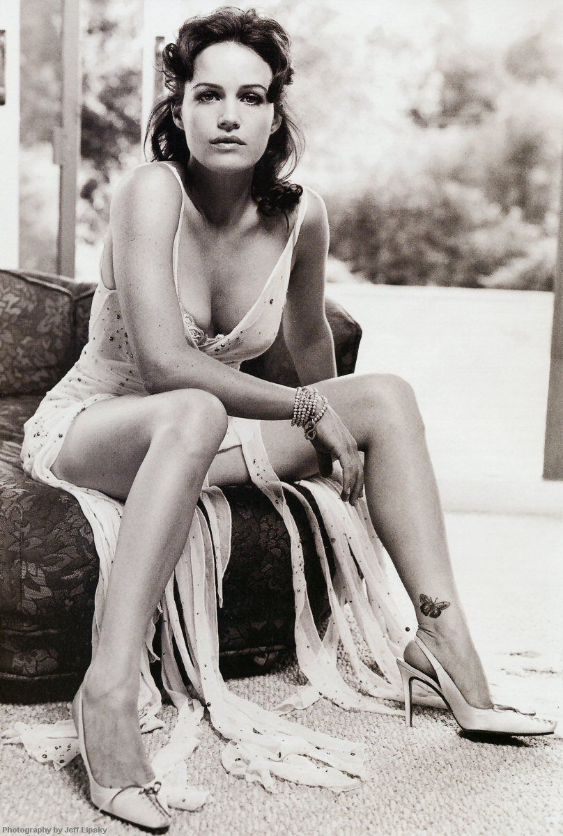Retro downblouse 78+ images about Carla Gugino on Pinterest | Actresses, Film noir and Red carpets