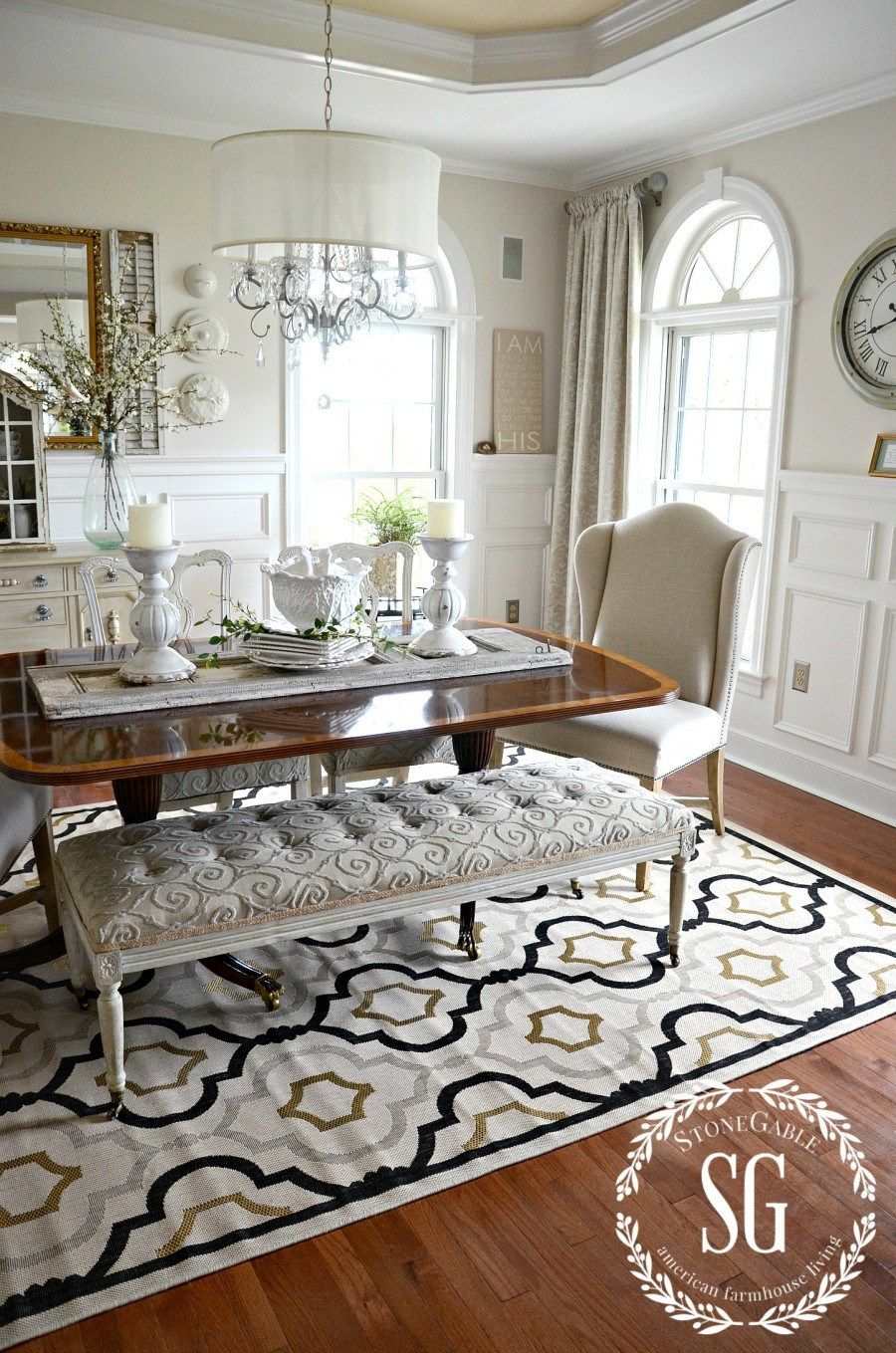 5 rules for choosing the perfect dining room rug room - Dining room area rugs ideas ...