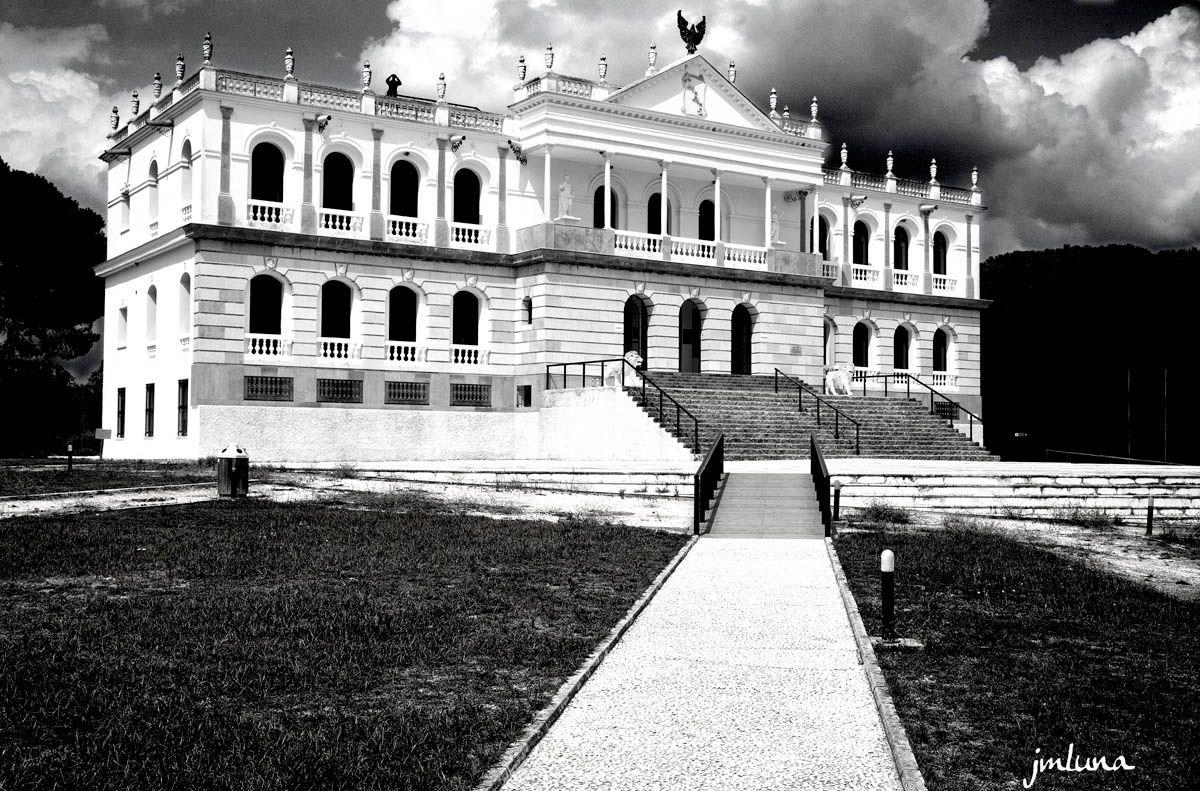 Almonte Foto: Palacio del Acebron