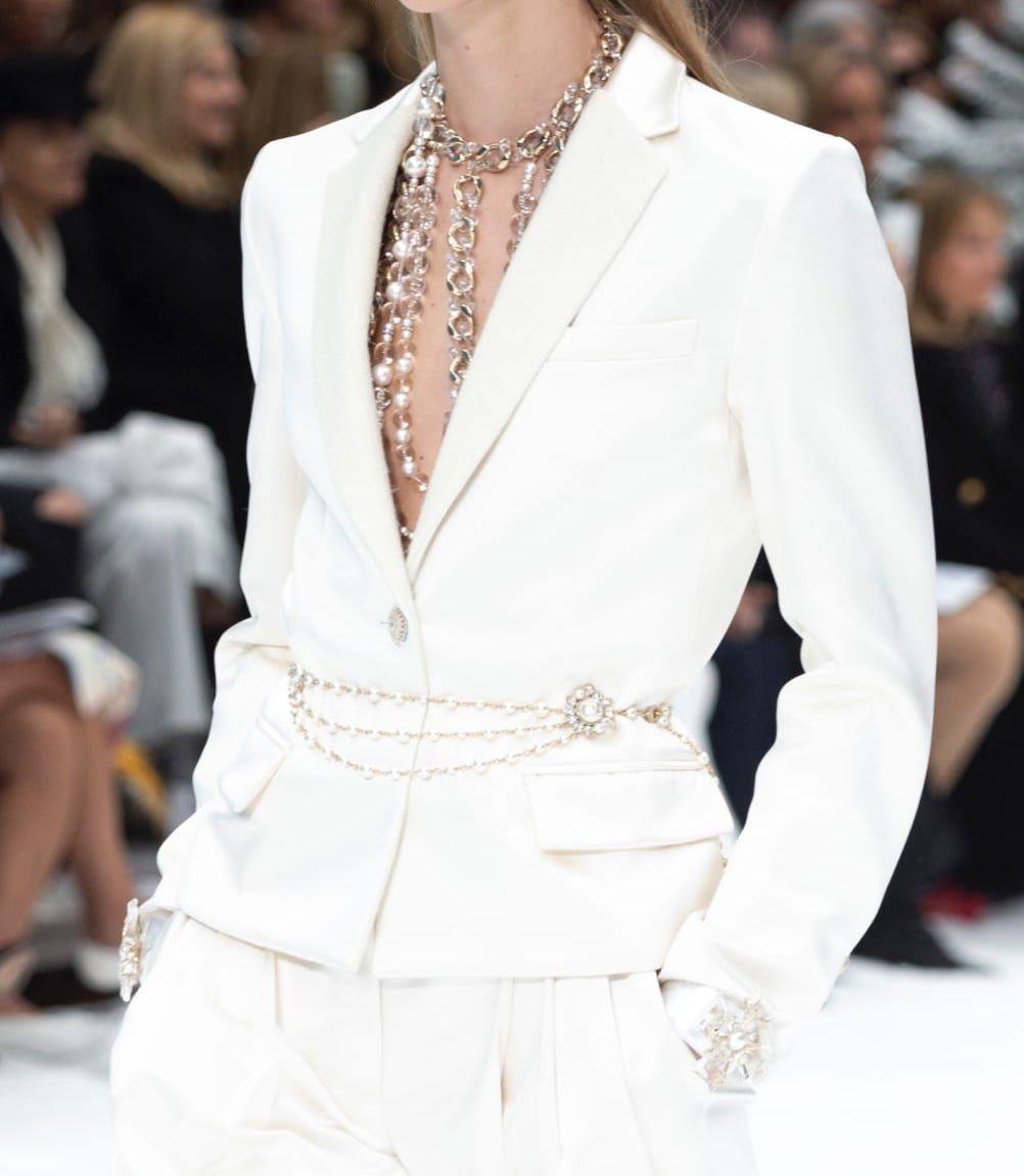 Chanel - FW2019/20 | White duchess satin jacket ($6,400) #duchesssatin