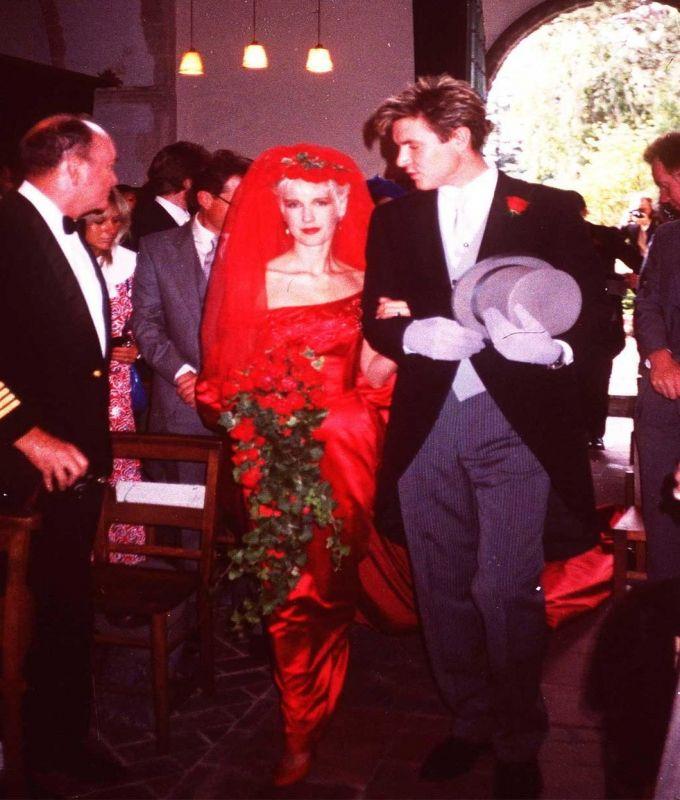 Celebrity Wedding Locations: Paula Yates Red Wedding Dress In 2019
