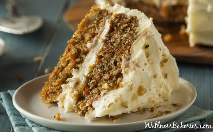 Enjoy a sweet and spicy carrot-filled cake, topped with a velvety cream cheese icing… without the slightest hint of guilt. And it's as easy as mixing a few ingredients together, spreading it in a pan and baking.