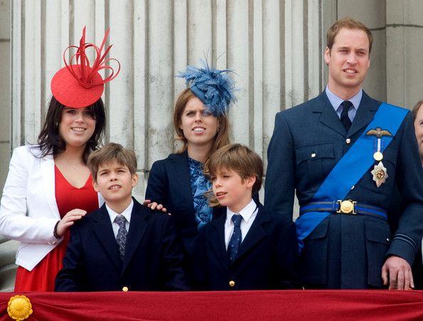 Princess Eugenie Photos Princess Beatrice C Princess Eugenie L And Prince William Watch The Fly Past F Princess Beatrice Princess Eugenie Prince William