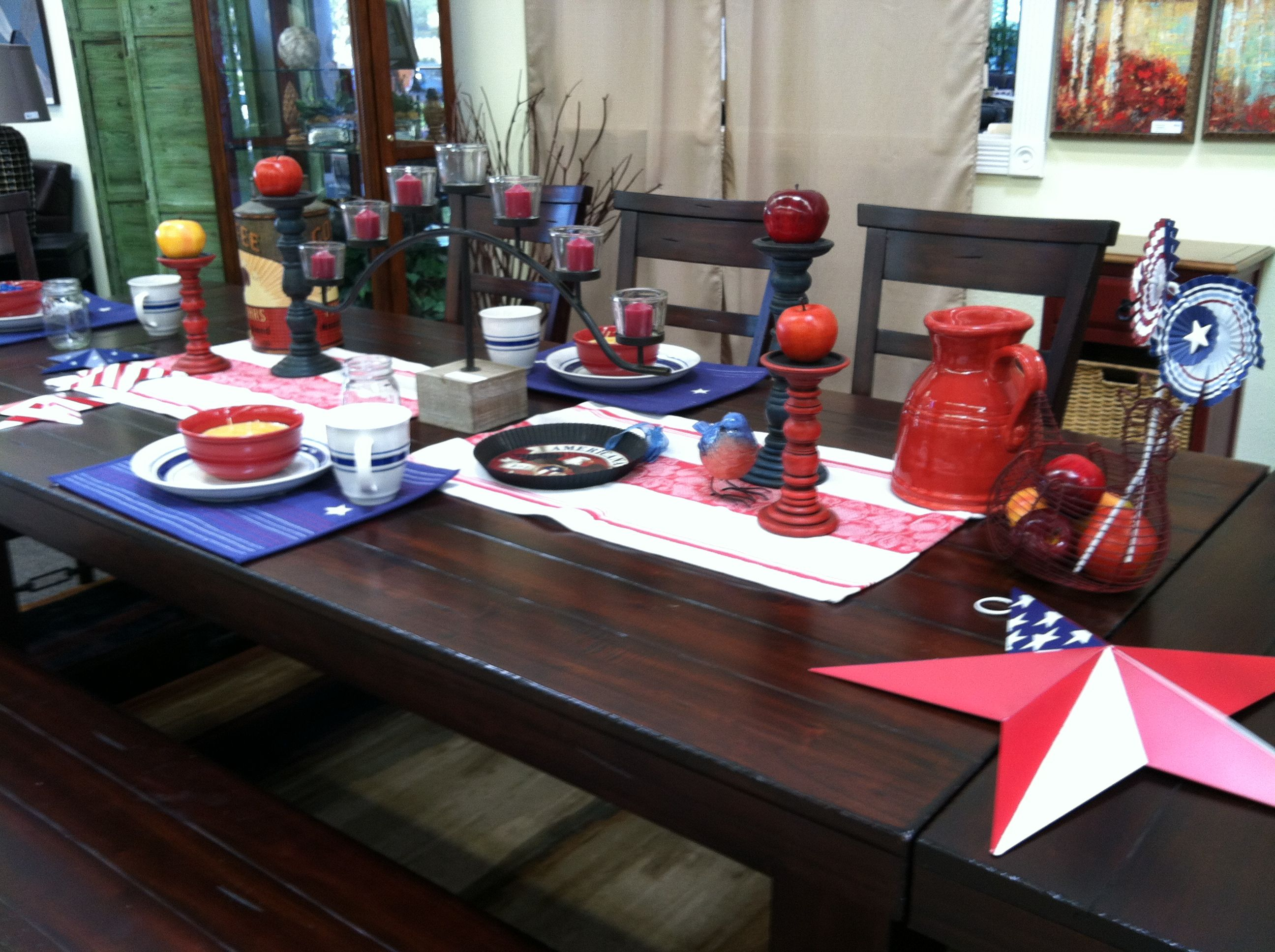jerome s vineyard dining table decorated for 4th of july