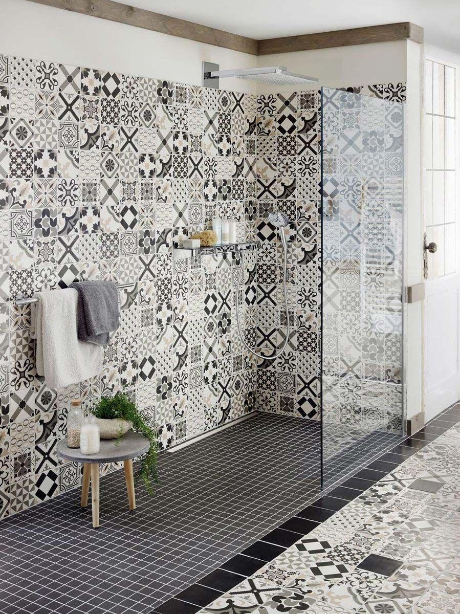 Carrelage Noir Et Blanc Belle Epoque Vm Carreaux Mosaique Idee Salle De Bain Travaux Salle De Bain Carreau De Ciment Douche