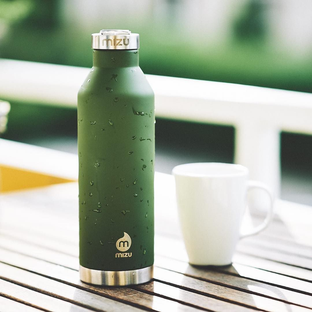 Great vacuum steel bottle by @mizulife  #mizulife #bottle #gear #stainlesssteel #steel #vacuum #drink #water #coffee #tea #tee #kaffee #flasche #edc #everydaycarry