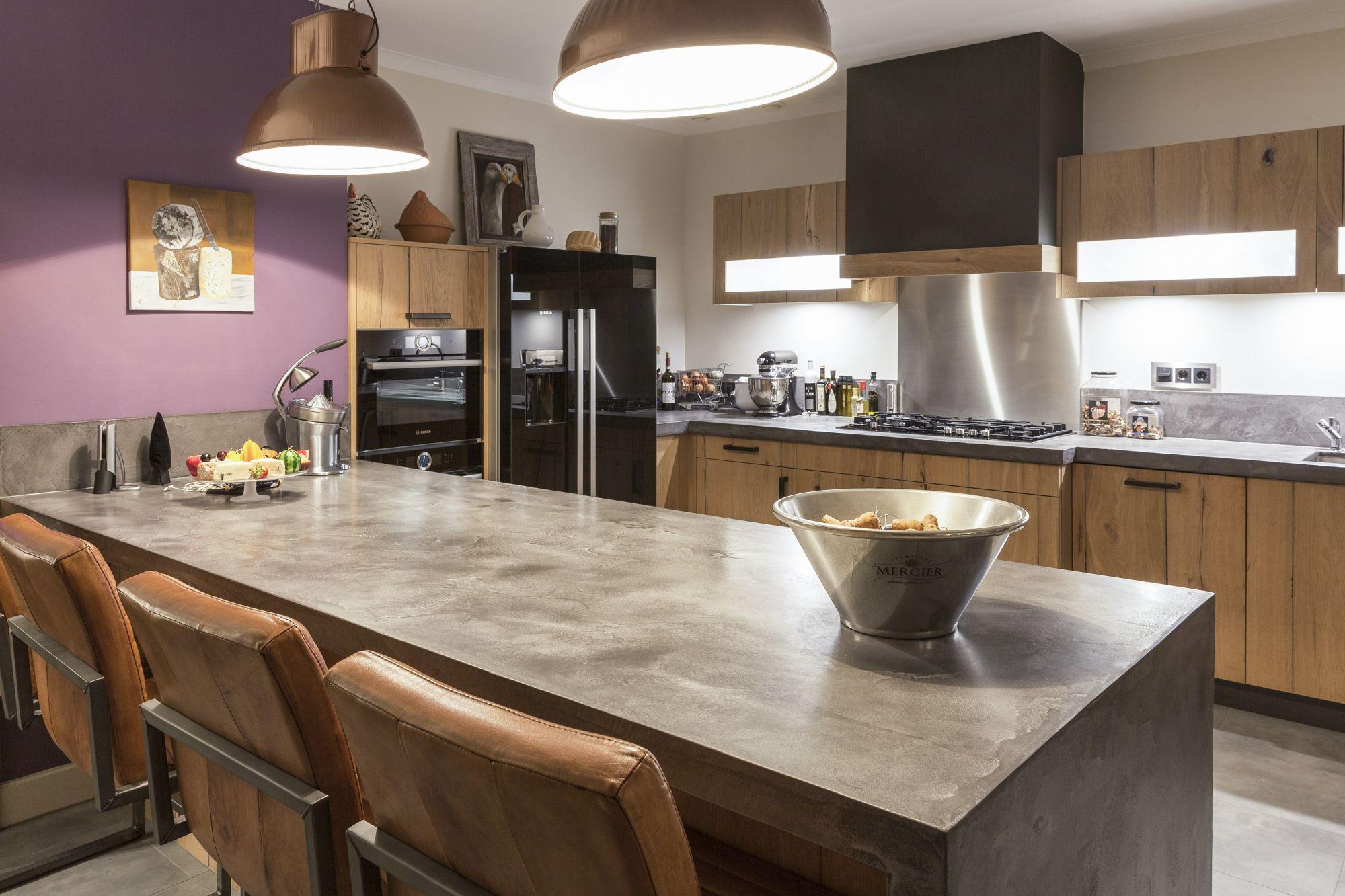 De Eikenhouten Keuken : Eikenhouten keuken met een grezzo classic concrete keukenblad de