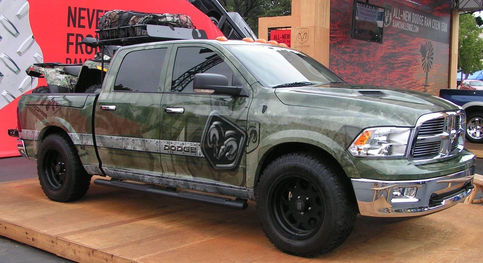 Camo Dodge Dakota more at Would look better