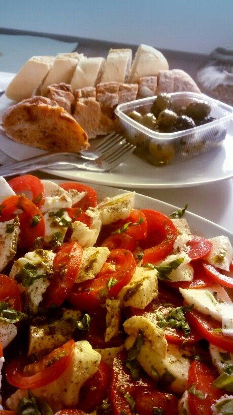 Tomaten Mozzarella Salat #lowcarb