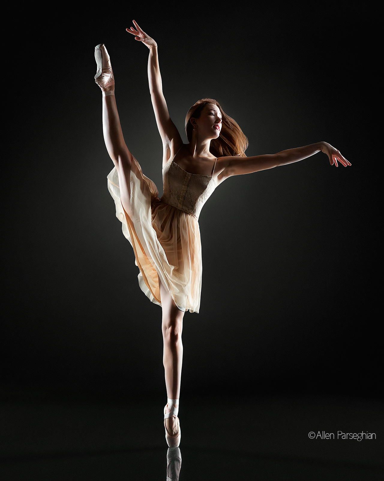 Sideways Split Allyssa Bross Of Los Angeles Ballet Dance Photography Dance Pictures Portrait Photo