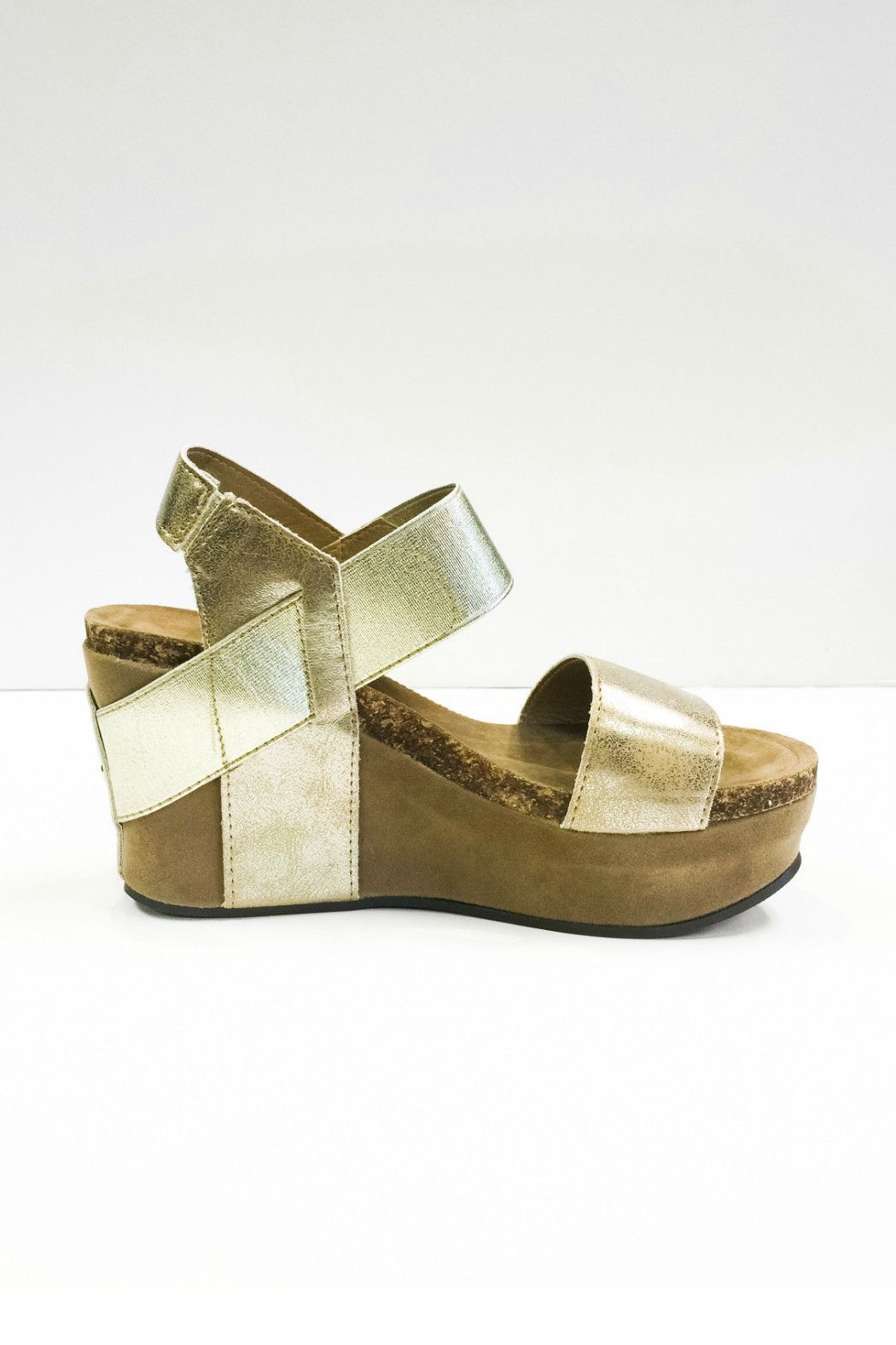 d26baa9103b64 Gold Pierre Dumas Wedge | Shoes | Pierre dumas wedges, Wedges, Wedge ...