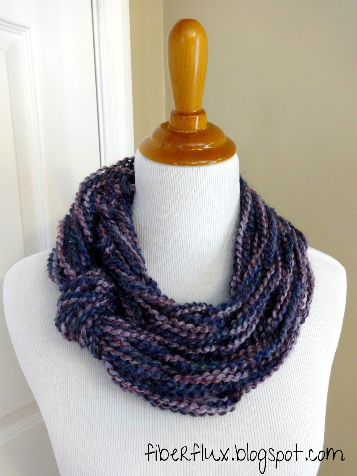 Free Knitting Pattern...Arm Knit Knotted Cowl! | Knit patterns, Arms ...