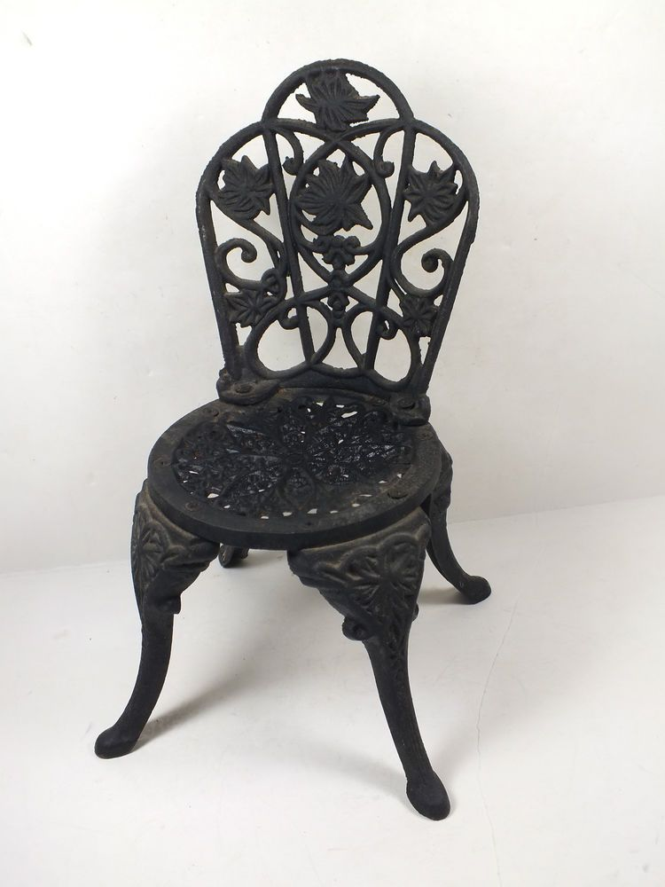 Vintage Miniature Cast Iron Garden Chair Doll Display