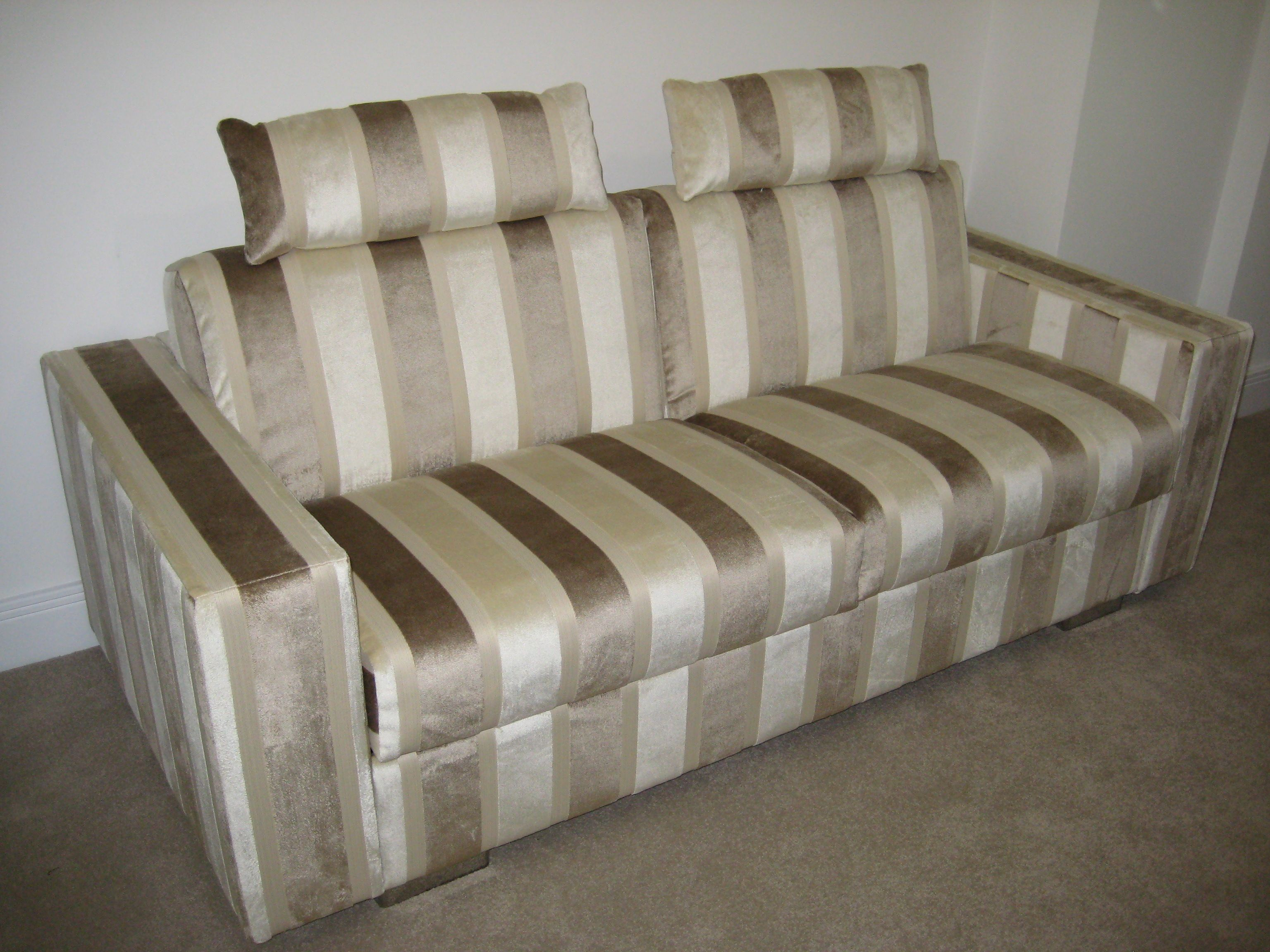 Best Lario Luxury All The Time Sleep Option Sofa Bed With 640 x 480