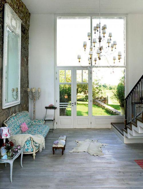 justbesplendid:   Shabby chic villa design in Uruguay