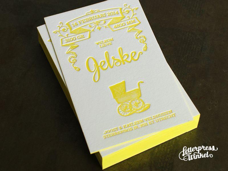 Letterpress geboortekaart Jelske vintage kinderwagen kleur op snede