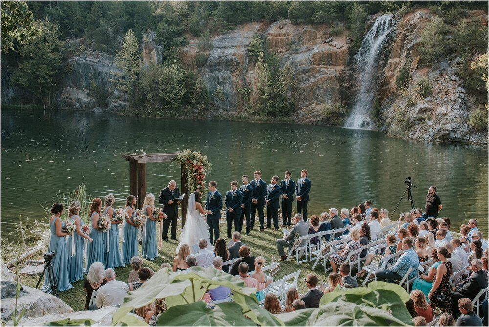 Adventurous Wedding Venues In Northeast Tennessee Perfect For Outdoors Loving Couples Katy Sergent Tennessee North Carolina Adventurous Wedding Elopement In 2020 Tennessee Wedding Venues Wedding Venues Beach Wedding Venues North Carolina