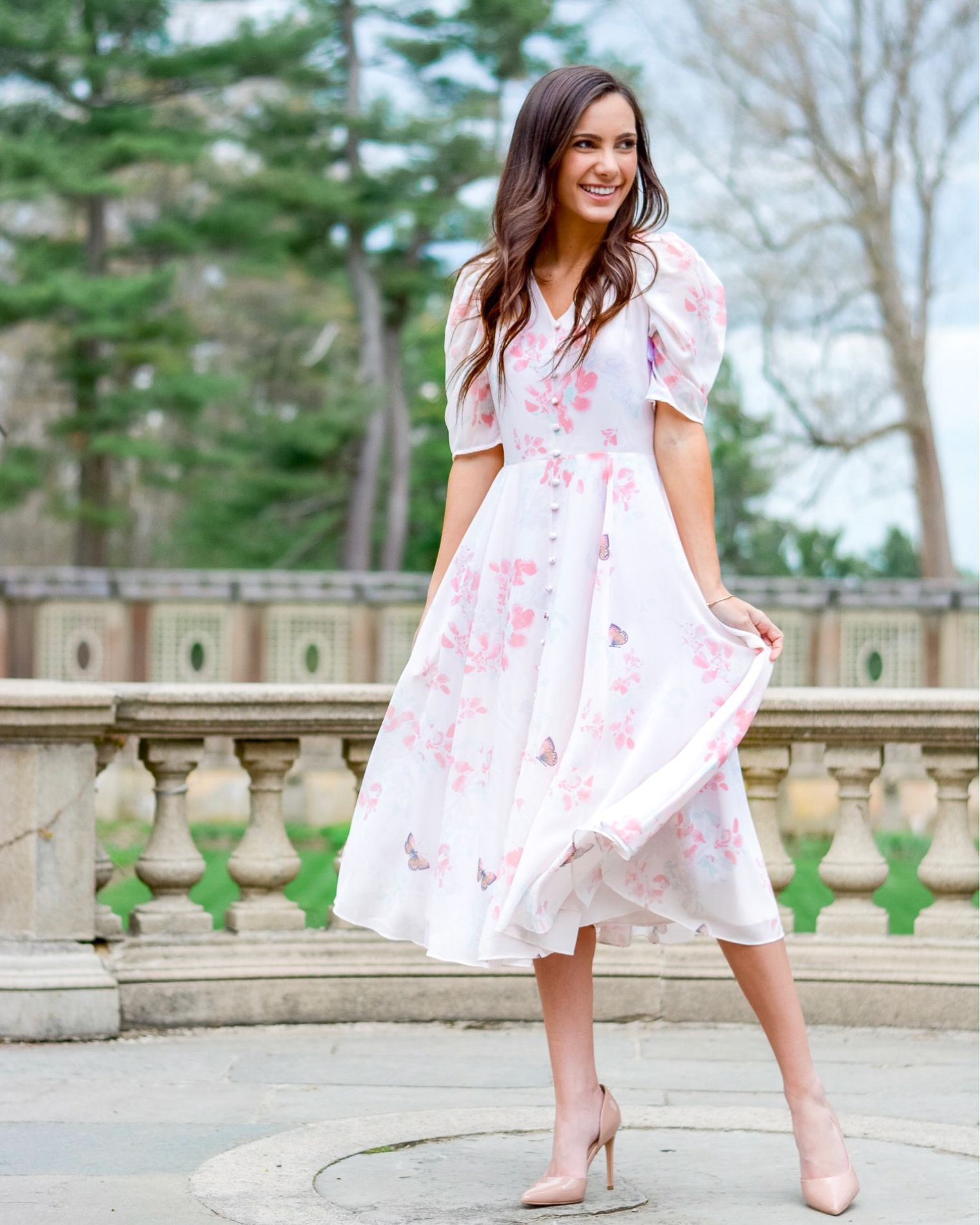 20+ Stunning Brunch Dresses What to Wear to Every Type Of
