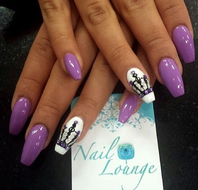 Coffin Nails with Crown nail art and purple studs - Pin By Yvonne Foley On Nail Designs Pinterest Crown Nail Art