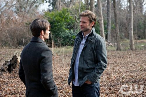 """The Dinner Party"" - Daniel Gillies as Elijah and Matt Davis as Alaric in THE VAMPIRE DIARIES on The CW.  Photo: Annette Brown/The CW  ©2011 The CW Network, LLC. All Rights Reserved."