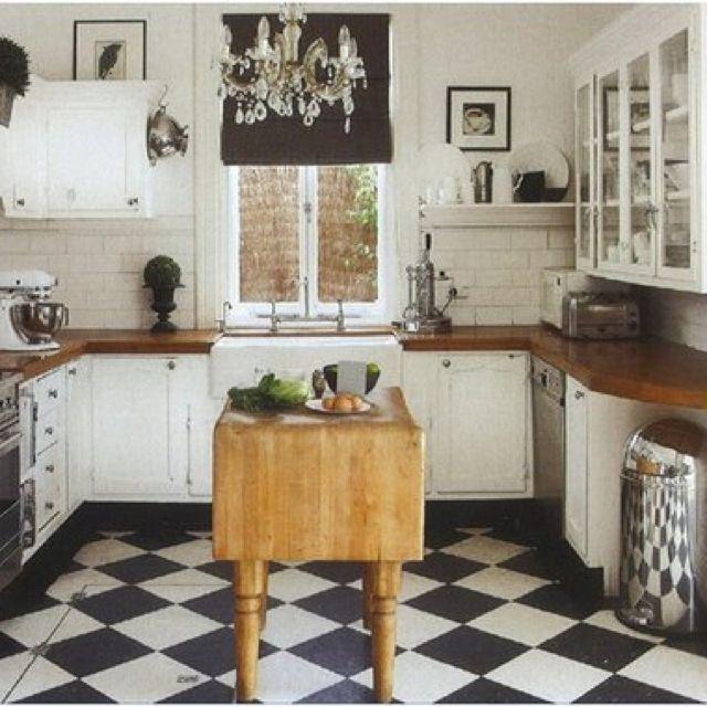 Butcher Block Backsplash: Checkerboard Floor On The Diagonal, White/creamy Cabinets
