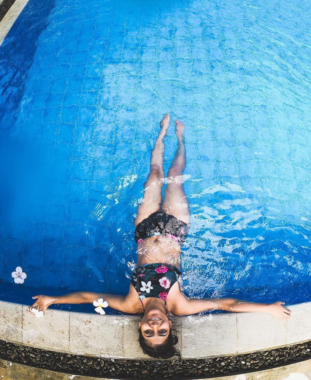 Pin Auf Travel Girl Photography Ideas