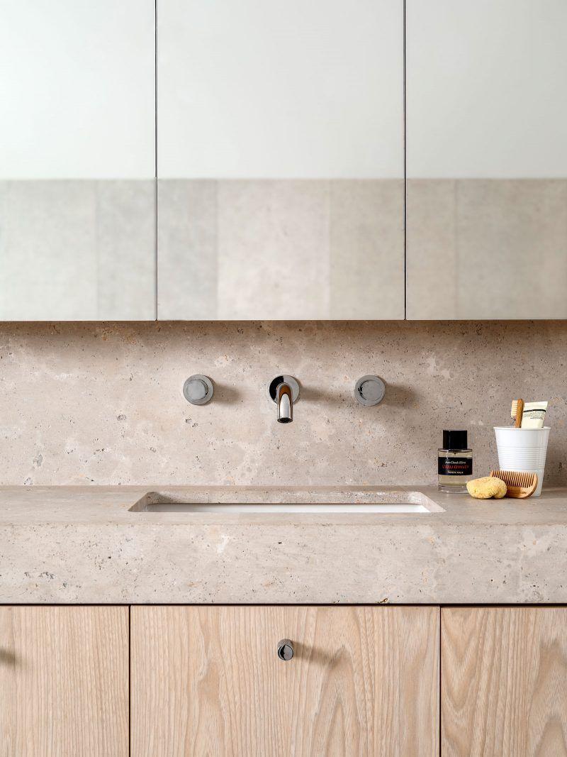 luigi rosselli architects | hill top cottage | limestone vanity