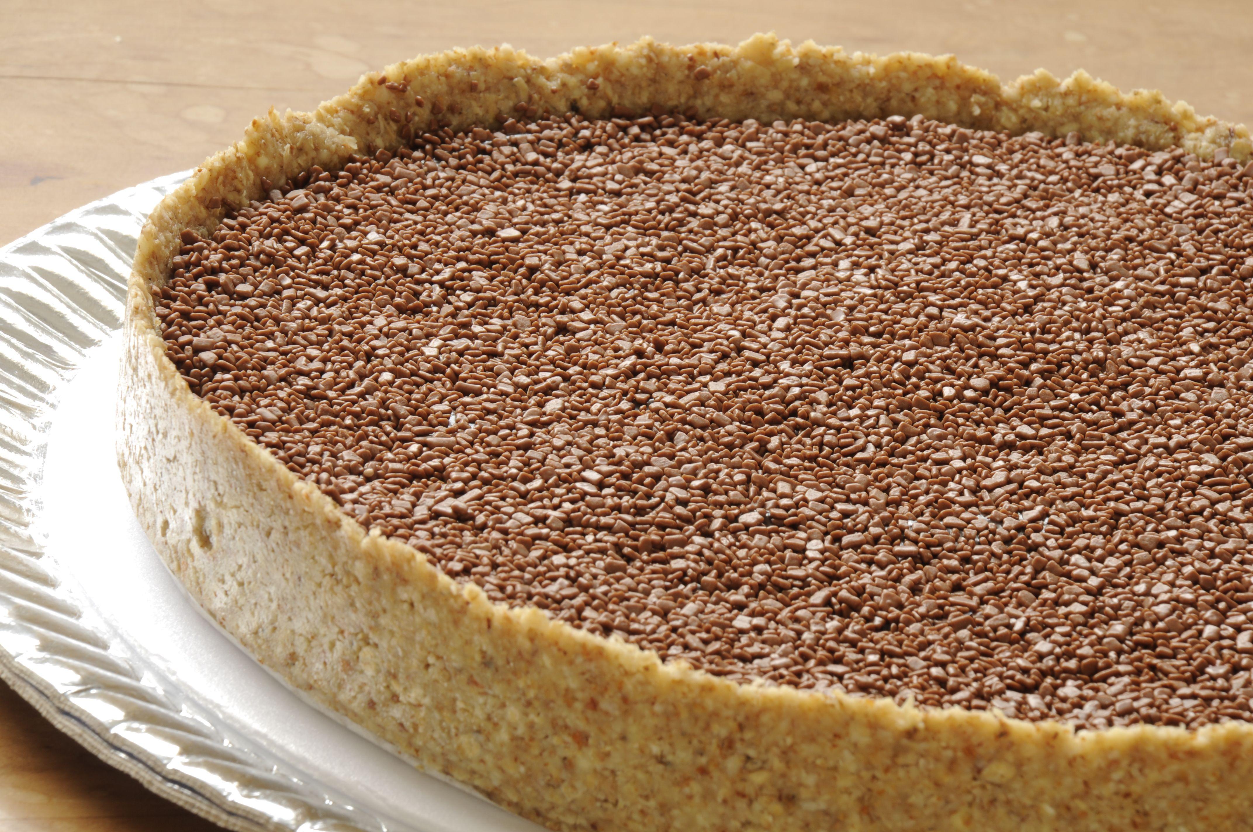 Uma novidade Sofisticada e Saborosa, torta de brigadeiro com massa de amêndoas, mel e aveia!!! Uma sobremesa perfeita!!!