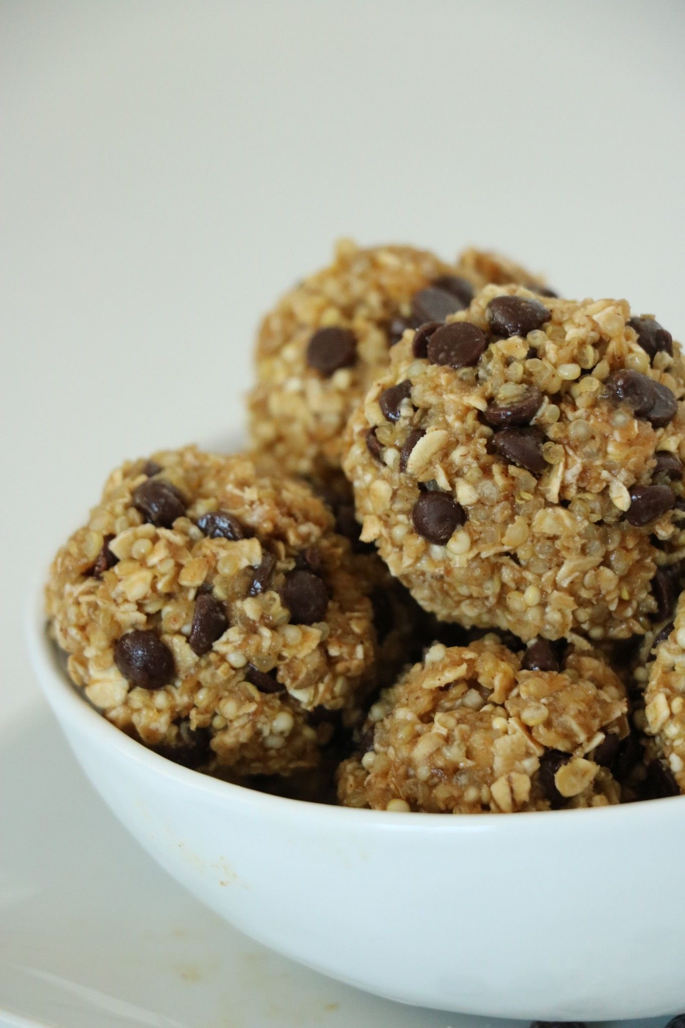 No-Bake Quinoa Energy Bites | Recipe | Food, Energy bites, Food ...