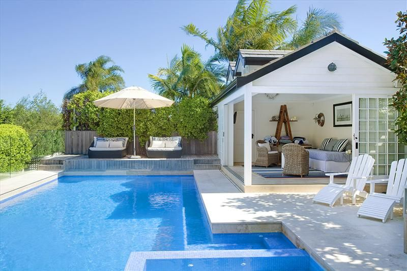 Pool house design ideas back yard hampton pool pool for Pool design hamptons
