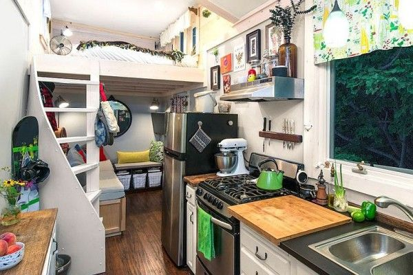 Best Little Lou Is A Simple But Stylish Thow Tiny House 400 x 300