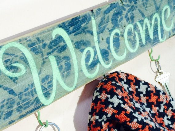 Recycled pallet wood welcome sign 5 mint hooks by ThePovertyBarn