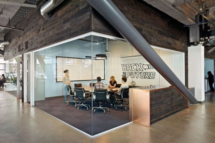 Inside Dropbox S Urbanized San Francisco Offices Office Snapshots Office Design Inspiration Office Space Design Startup Office