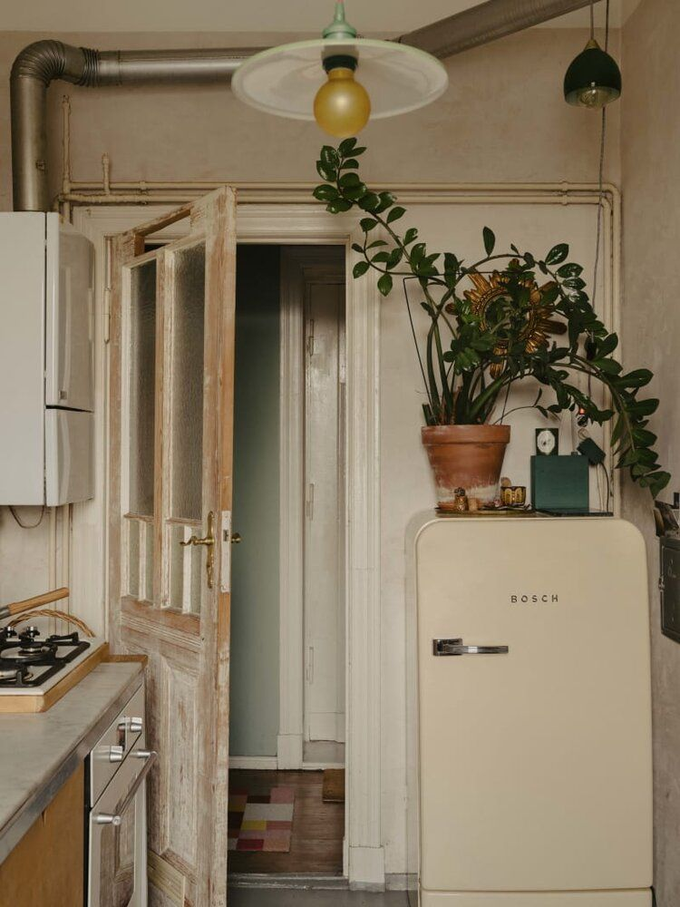 A Plant-Filled Vintage Apartment in Berlin — THE NORDROOM