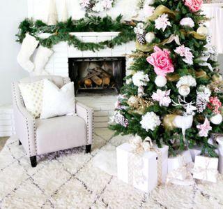 I Heart Shabby Chic Christmas Cottage Decor 2015