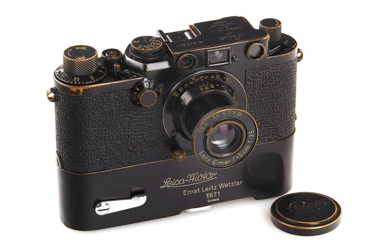 """leicanews: """"CAMERA AUCTION HIGHLIGHT OF THE DAY Lot 224: Leica IIIf black 'Swedish Army', 1956 Starting Price: € 26.000 WestLicht Photographica Auction Photo-Auction, 10.06.2016, 5 p.m. Camera-Auction: 11.06.2016, 11 a.m. www.westlicht-auction.com """""""