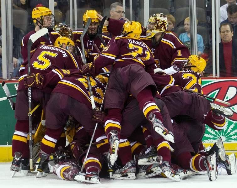 Mens Gopher Hockey Team Hockey Teams Hockey Favorite Team