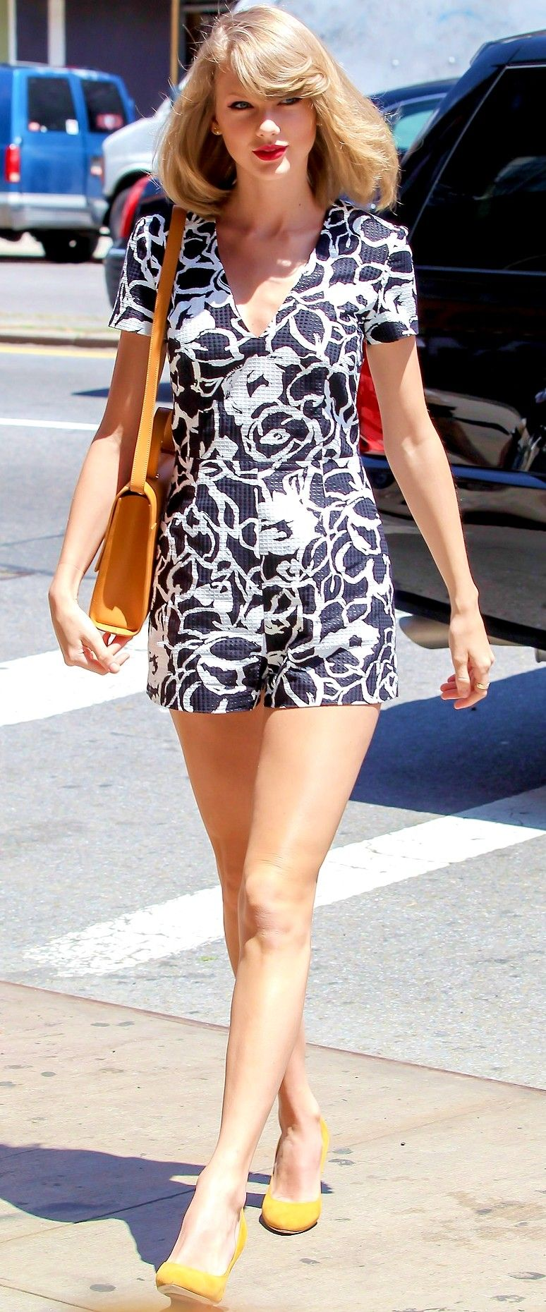 Taylor Swift - Shanghai Concert May 2014 | Just FAB Celebs |Taylor Swift May 2014