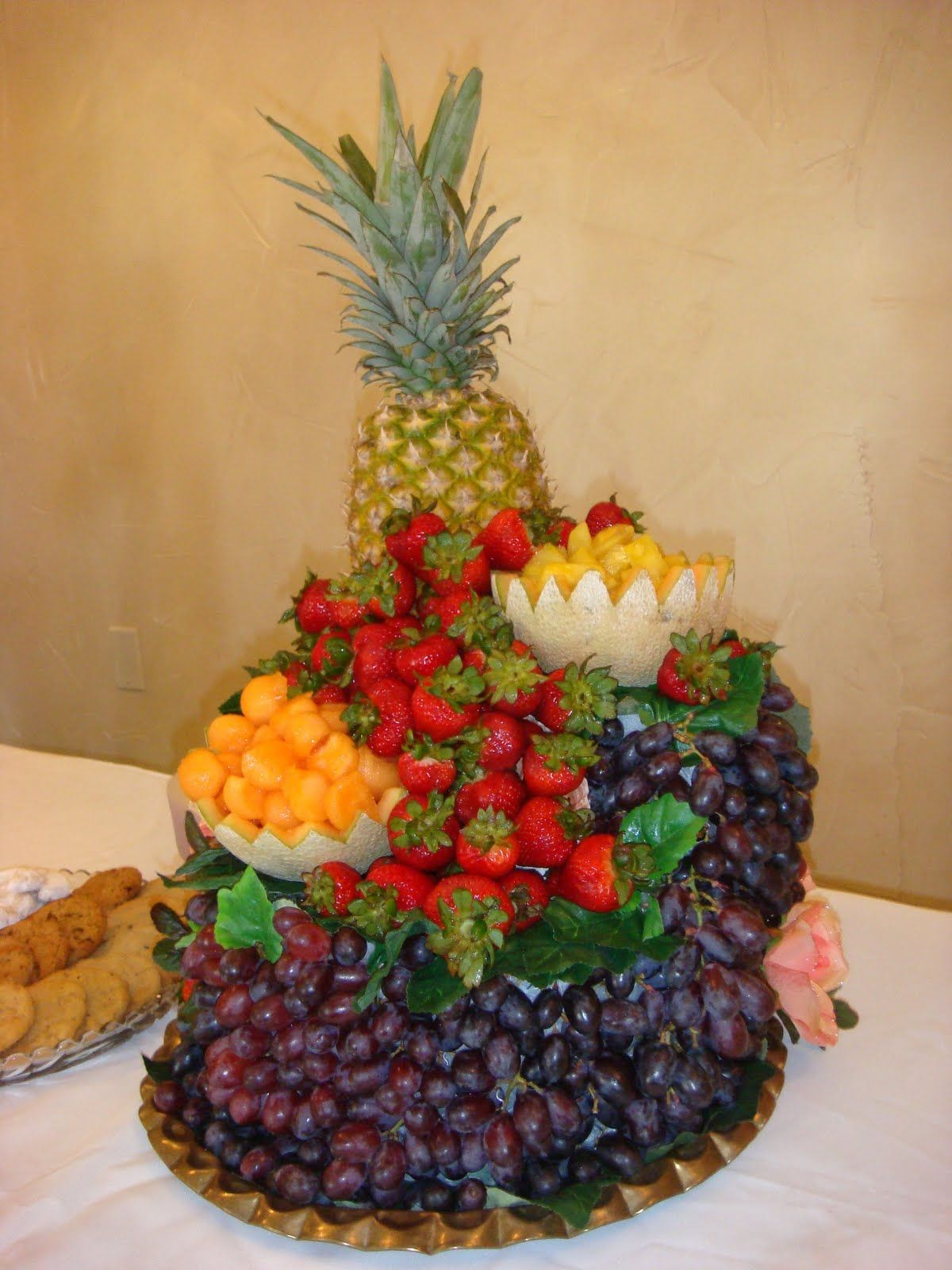 Designer Fruit Basket Decorative Arrangement Fruit Photos Bing Images Fruit
