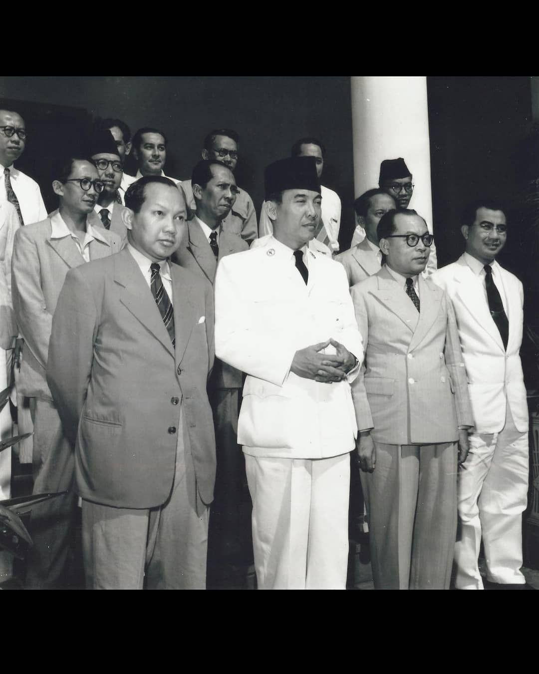 Gambar Pahlawan Moh Hatta