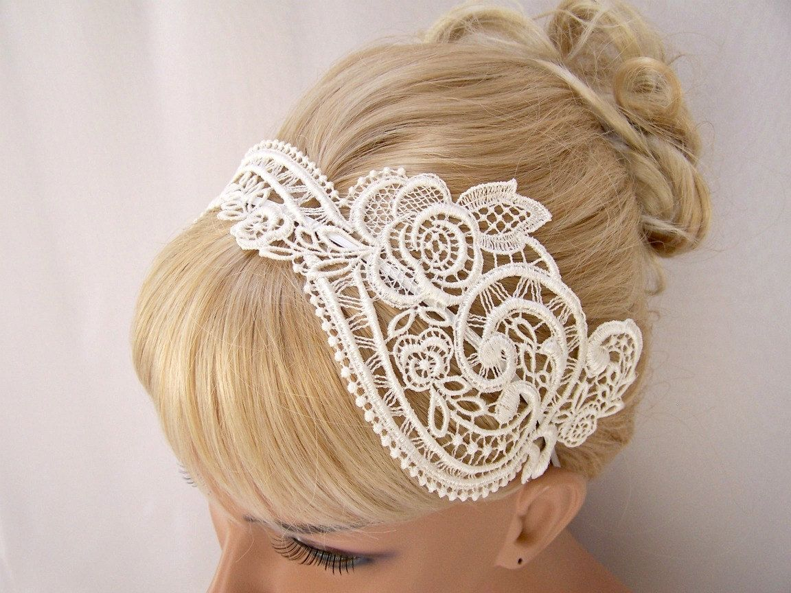 lace headband. birdcage blusher veil can attach to this
