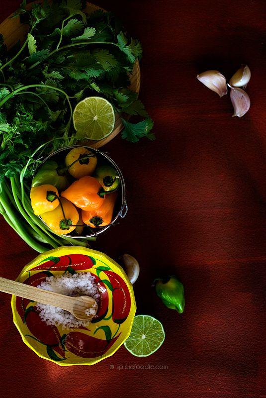 Charred Habanero-Garlic and Cilantro Salsa by @SpicieFoodie   #salsa #habaneros #Mexican #tacos #authenticmexicansalsa