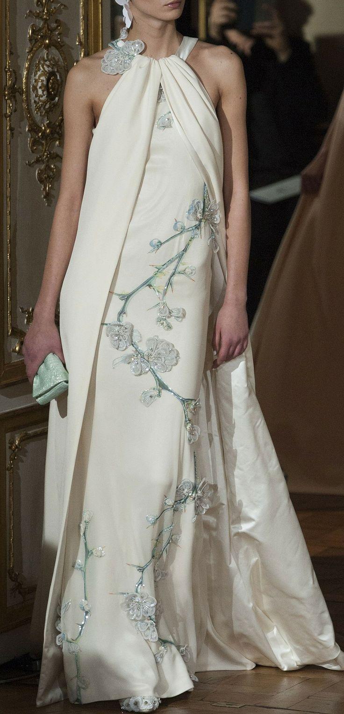tendance robe de mari e 2017 2018 alexis mabille haute couture spring 2014 vogue haute. Black Bedroom Furniture Sets. Home Design Ideas